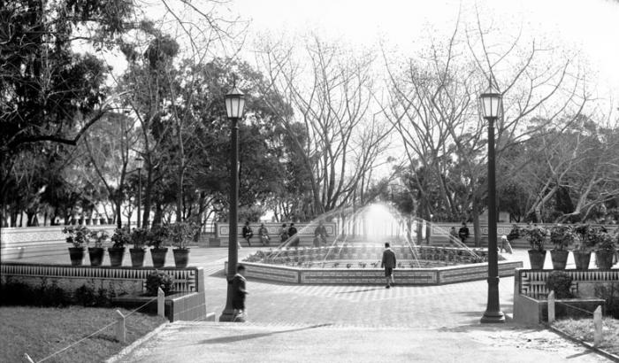 Patio Andaluz, Parque Rodo. Año 1933 (Foto 777a FMH.CMDF.IMM.UY)