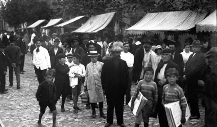 Feria Tristán Narvaja año 1920 (Foto 1472b FMH.CMDF.IMM.UY)